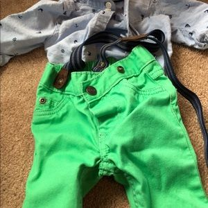 2 new carters outfits boys